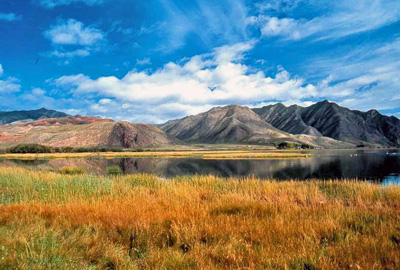 My Trip to Gansu Province: Xiahe - green grasslands and blue lakes