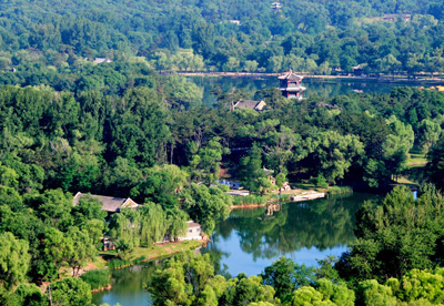 2 Days Summer Resort Tour from Beijing to Chengde