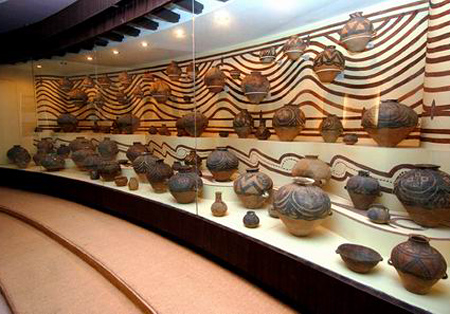 Liuwan Ancient Painted Pottery, Liuwan Ancient Tombs,Qinghai Tours,China Tours