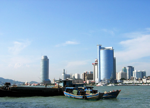 Xiamen is a very beautiful seashore city of China.