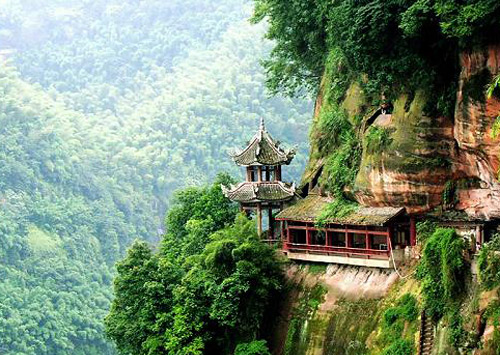 Amazing scenery in Emei Mountain