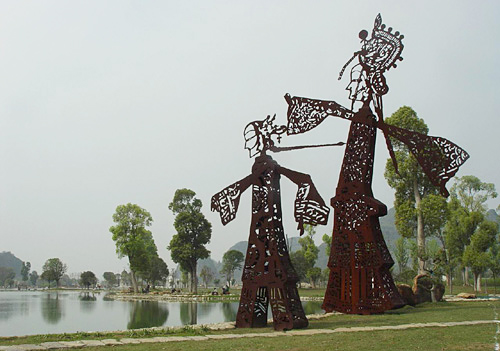 Characteristic sculptures of Peking(Beijing) Opera actresses in Paradise,Guilin
