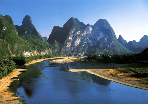 Li River is one of the best highlights in Guilin even of China known all over the world.
