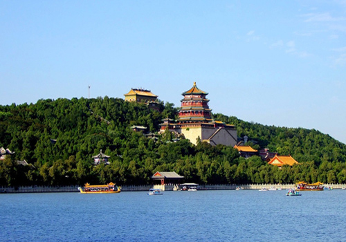 The Longevity Hill is one of the highlight spot in the Summer Palace park.