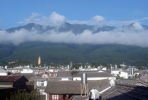 You may see the great Cangshan Mountain in the ancient city of Dali