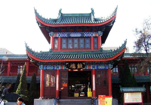 The Drum Tower of the Grand Xiangguo Monastery