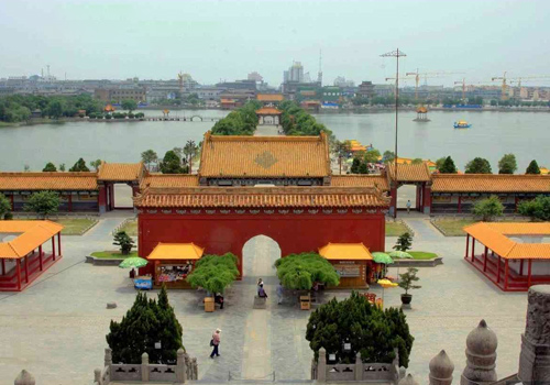 The nice scenery in the Dragon Pavilion Park of Kaifeng City,Henan Province.