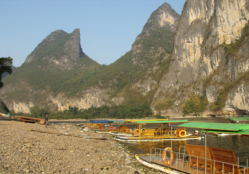 Bamboo rafts are berthing at the shoal of Li River.