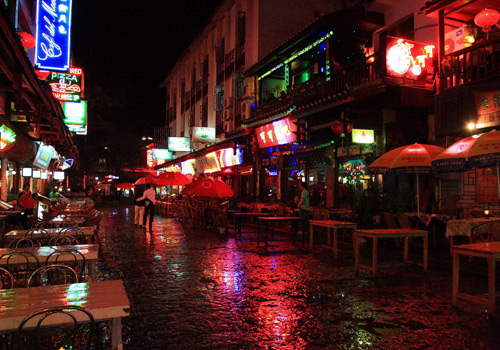 The restaurants and cafes in the West Street, Yangshuo.