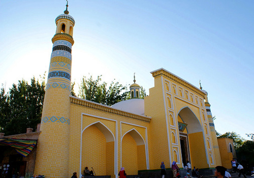 The Id Kah Mosque, the biggest mosque in Xinjiang province of China, it is a  holy place for Muslim.