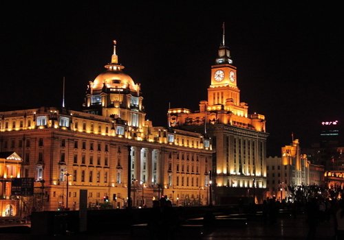 The nightscape of the Bund is rather magnificant.