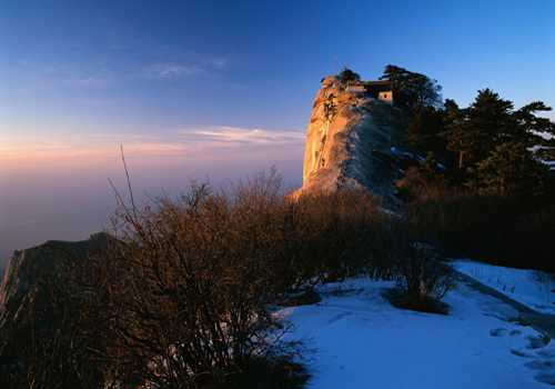 The Huashan Mountain is one of the nine most famous places to watch sunrise in China.