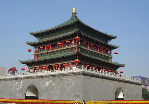 The Bell Tower located at the center of Xi'an is the landmark of the city.