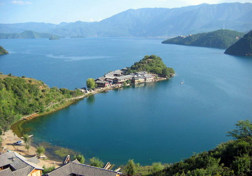 Lugu Lake,the most beautiful lake in Yunnan province, is also the highest lake in Yunnan,China.