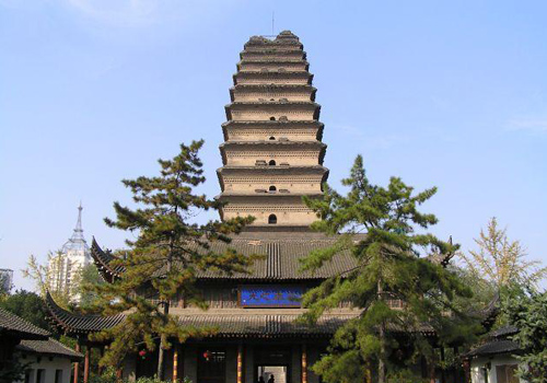 The Small Wild Goose Pagoda is located in the Jianfu Temple of Xi'an Museum,Shaanxi Province.