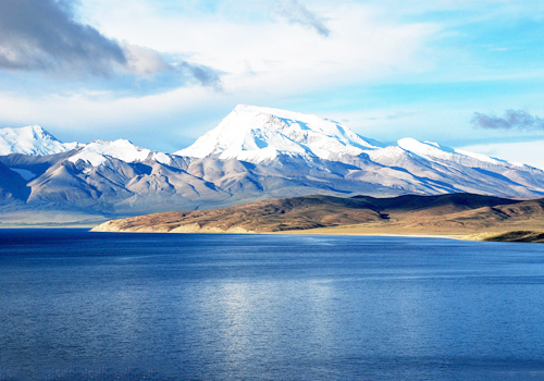 Lake Manasarova is one of the highest fresh-water lake in the world with an elevation of 4588 m.