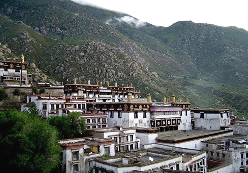 The Drepung Monastery is located on Gambo Utse Mountain, 10 km west of Lhasa City, Tibet Autonomous Region.