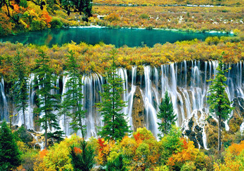 Jiuzhaigou Valley Scenic and Historic Interest Area is a wonderful waterfall kingdom.