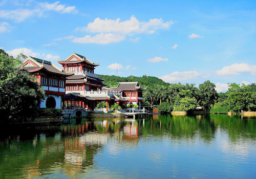 Qingxiu Mountain in Nanning developed as a famous summer resort and scenic spot in this area for centuries.