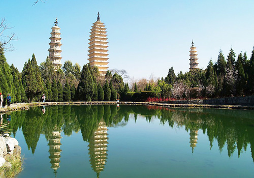 Three Pagodas of Chongsheng Temple is the symbol of the Ancient City of Dali.