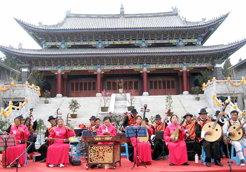 Dongjing Music in Lijiang is a combination of music from Taoism, Confucian and local Naxi music with a long history in Naxi minority ethnic group.