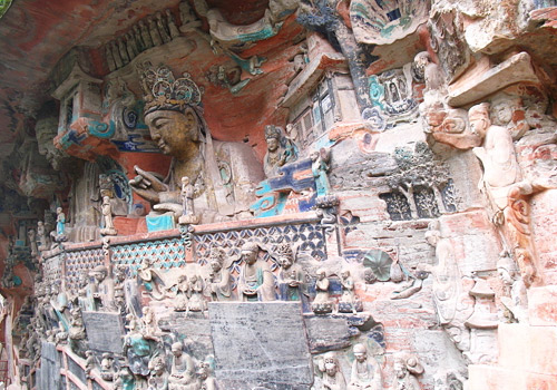"Dazu rock carvings gain the fame as ""the pearls of oriental art"" and are rewarded as World Heritage Site by UNESCO on December.1st, 1999."