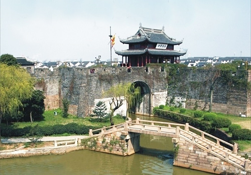Panmen Scenery Area is located in the southwest of the ancient city of Suzhou.