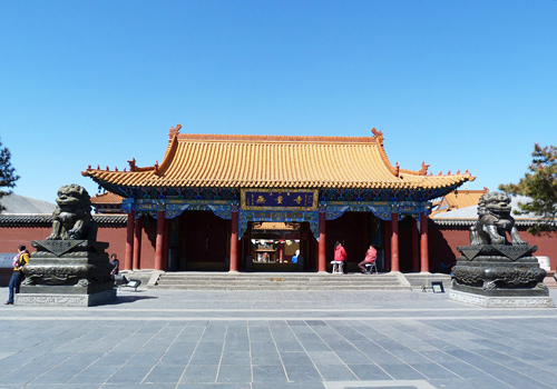 Dazhao Temple is the oldest and largest Tibetan-Buddhist temple in Hohhot.