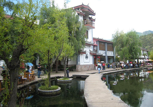 Shuhe Ancient Town is an important part of Lijiang Ancient Town.