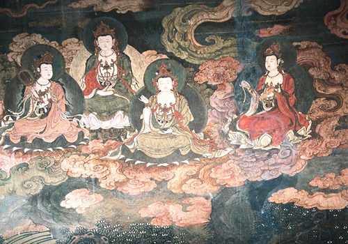 Diverse themes of mural paintings can be found in Bizaklik Thousand Buddha Caves,such as Bodhisattva,dragon decorations and Four Heavenly Kings.