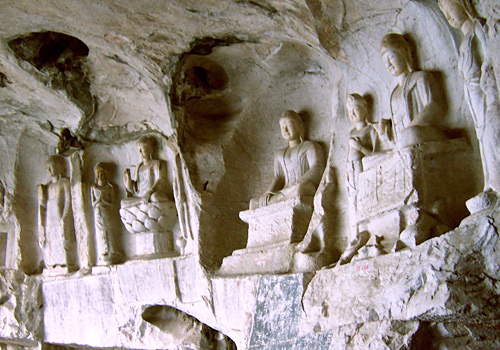 Reckoned as one of spectacular grotto arts, Bizaklik Thousand Buddha Caves is on a par with Longmen Grottoes and Dunhuang Grottoes of China.