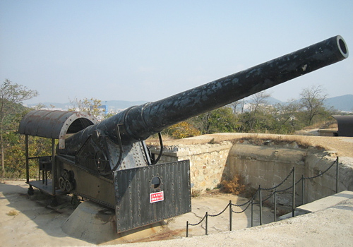 A historical cannon in Lvshun,Dalian