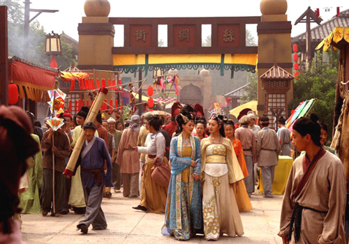 A TV drama themed on ancient Chinese story is being filmed in The Ancient City of Dunhuang Movie Set.