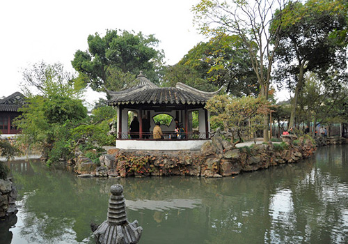 "The exquisite fan-shaped pavilion,Yushuitongzuo Pavilion (""With Whom Shall I Sit"" Pavilion),Suzhou"