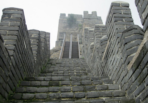 Steep stairs of Jiaoshan Great Wall,Qinhaungdao attractions.