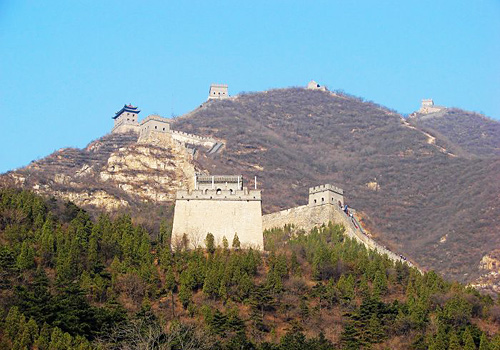 In ancient times,Juyongguan Great Wall was a key mountain pass of great military vital importance.