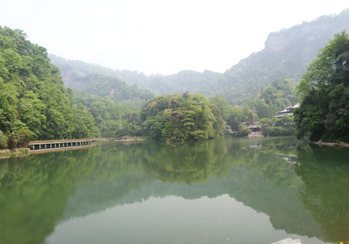 Qingcheng Mountain is praised for its beauty
