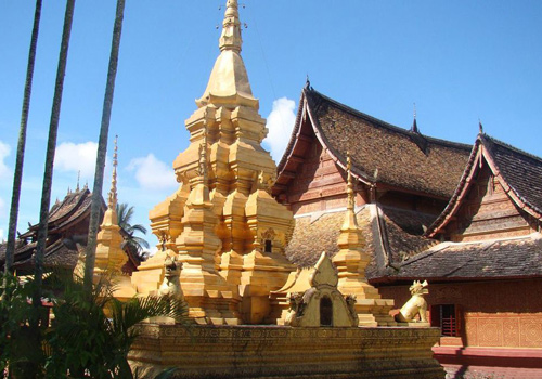 Dai Zu Yuan in Ganbala is a popular tourist attraction in Xishuangbanna.