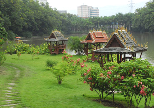 Manting Park of Xishuangbanna is a 4A scenic spot.