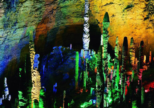 The Dragon's Palace in Yellow Dragon Cave in Wulingyuan Scenic Area,Zhangjiajie City,Hunan Province.