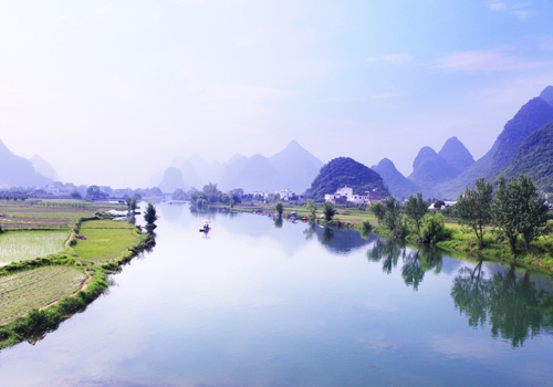The Yulong River is a tributary of Li River in Guilin City,Guangxi Zhuang Autonomous Region.