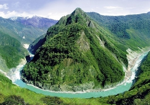 The Yarlung Zangbo Grand Canyon of Nyingchi is the deepest canyon in the world.