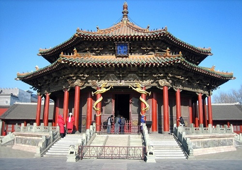 Mukden Palace, or Shenyang Gugong, the palace of the early Qing Dynasty, remains to be one of two most intact imperial palace complexes in China.