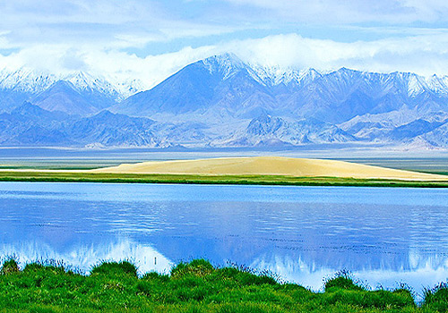 The imposing Altun Mountains of Qiemo County,Xinjiang