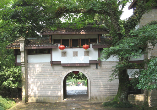 Wuyi Palace is the oldest Taoist temple in Wuyi Mountain.