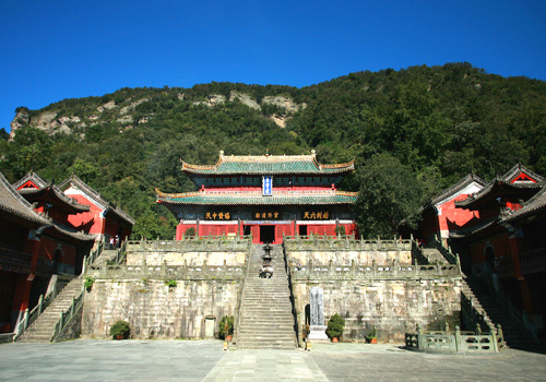 Zixiao Palace is the only wooden structure of irimoya with double-eaves.