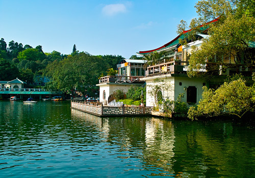 White Dragon Lake has used this name for over 900 years since Northern Song Dynasty.