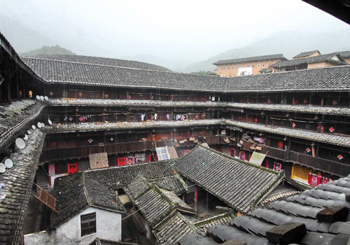 Not only is Tulou multifunctional, but also is symbolic of harmonious life.