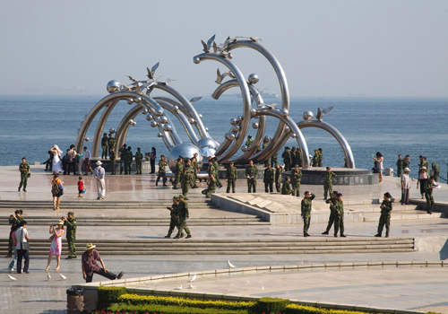 The Charm of the Sea Square is one of eight most famous sights of Dalian and a great place for leisure.