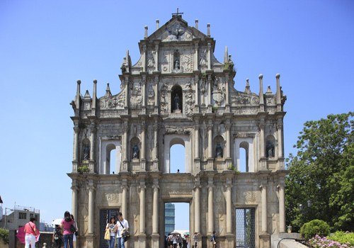 Ruins of St. Paul, the most representative scenic spots of Macau, refers to the front of St. Paul Cathedral completed in the year of 1580.